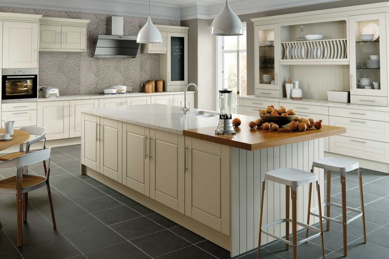BELLA_Alabaster-Surrey-Kitchen